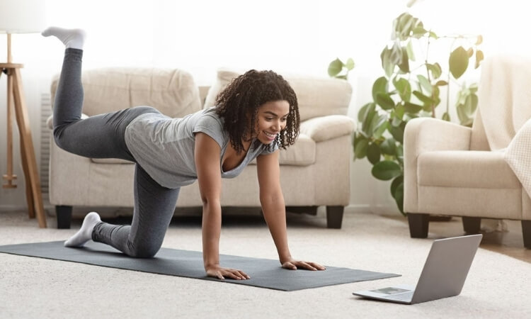 5 Tips to Help You Stick To Your At-Home Workout